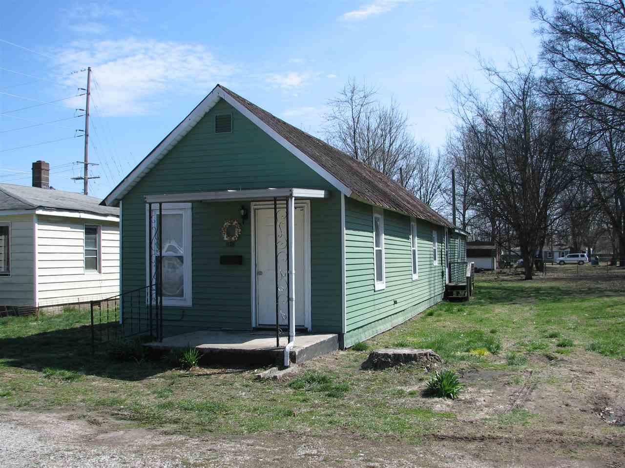 1018 E Sycamore Street, Mount Vernon, IN 47620