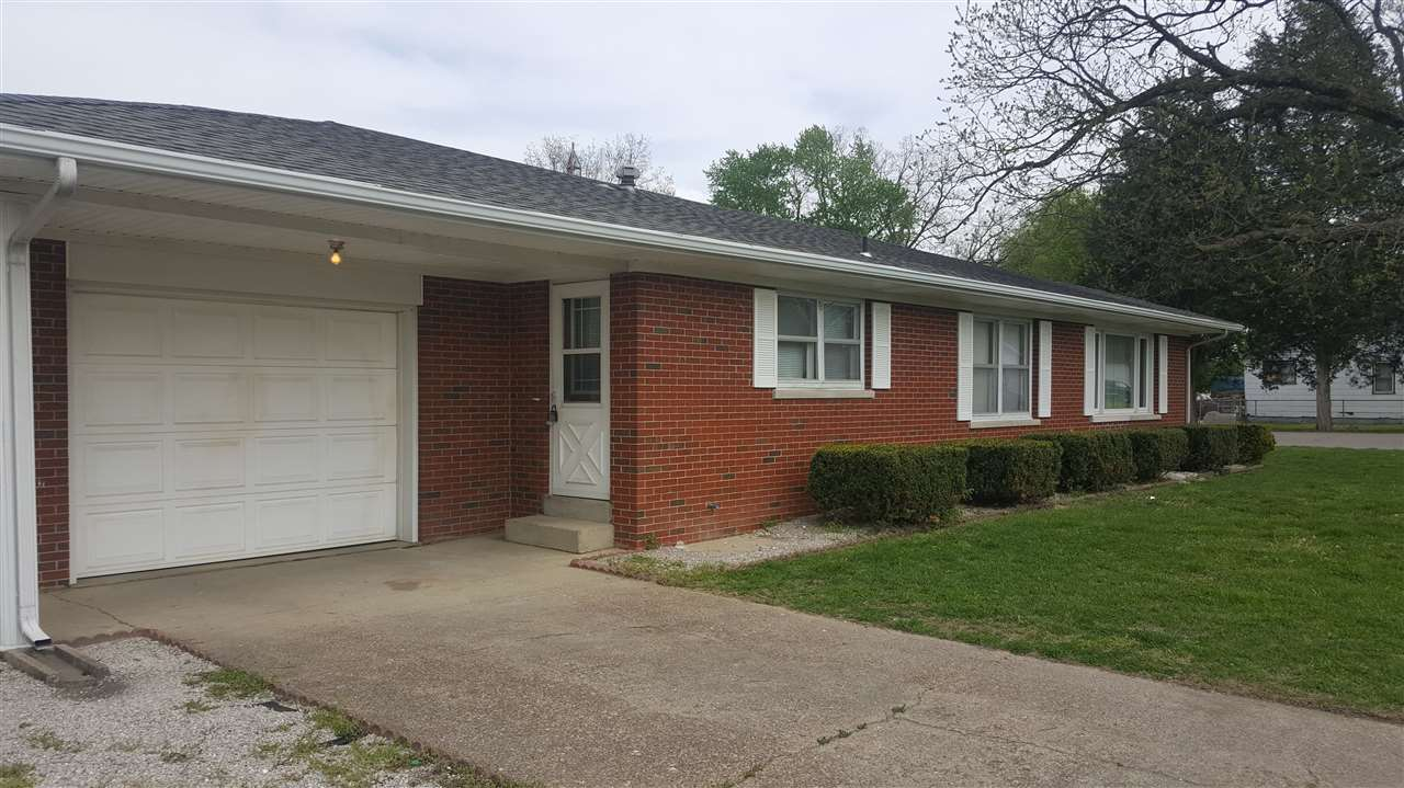 1113 E Water St, Mount Vernon, IN 47620