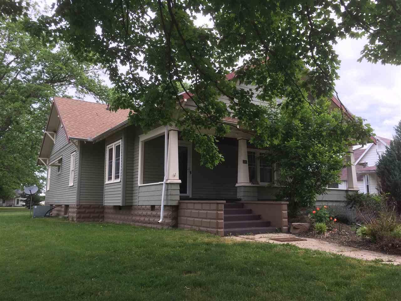 503 E Maple Street, Oaktown, IN 47561
