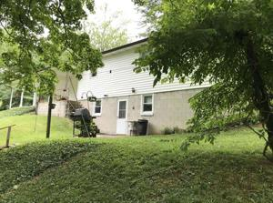 890 N Mcclure Road, Vincennes, IN 47591