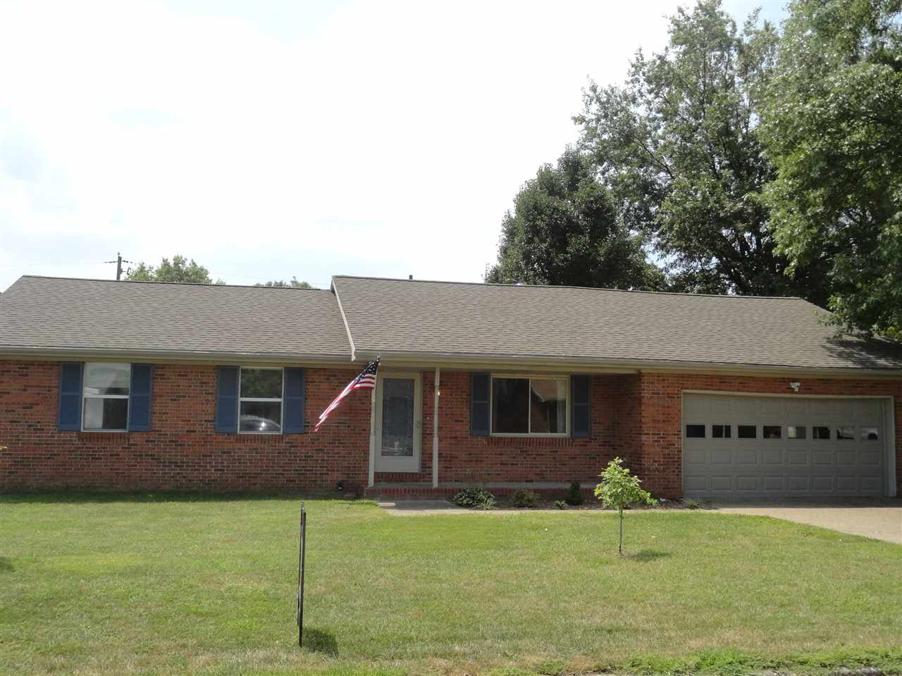 1316 Oriole Circle, Mount Vernon, IN 47620