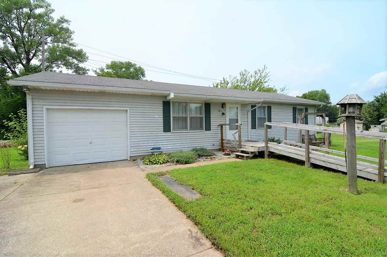 1811 Westwood Drive, Mount Vernon, IN 47620