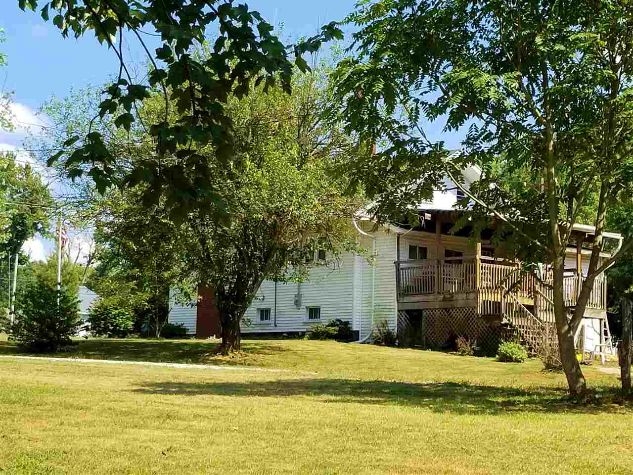 1182 S State Road 159, Dugger, IN 47848