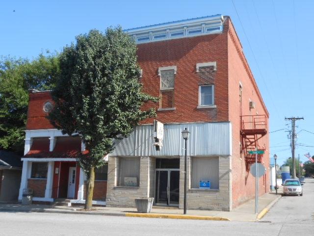 100 W Main Street, Odon, IN 47562