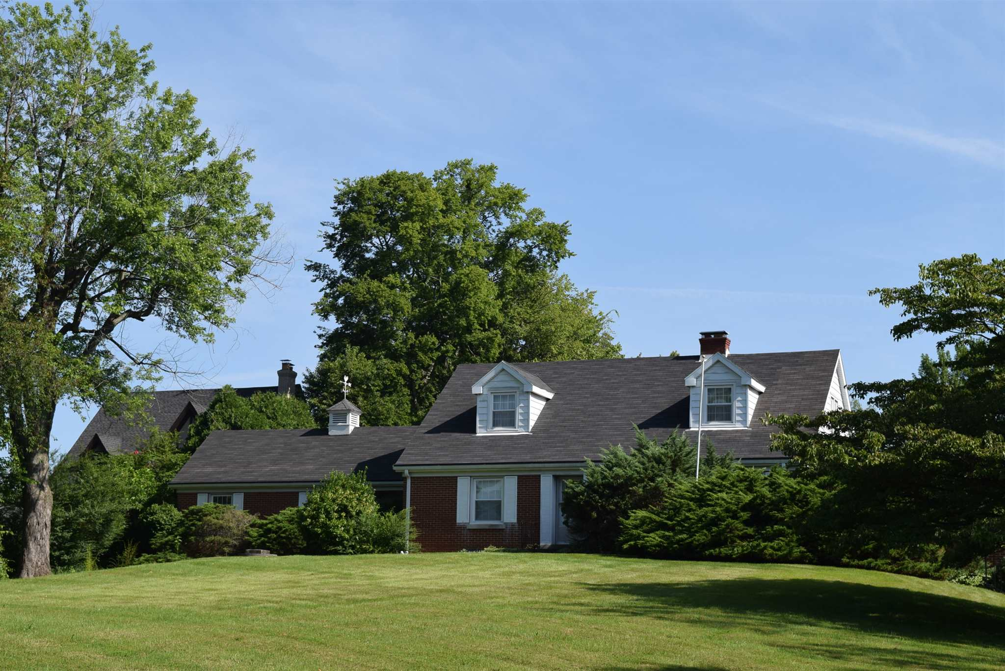 7006 Newburgh Road, Evansville, IN 47715