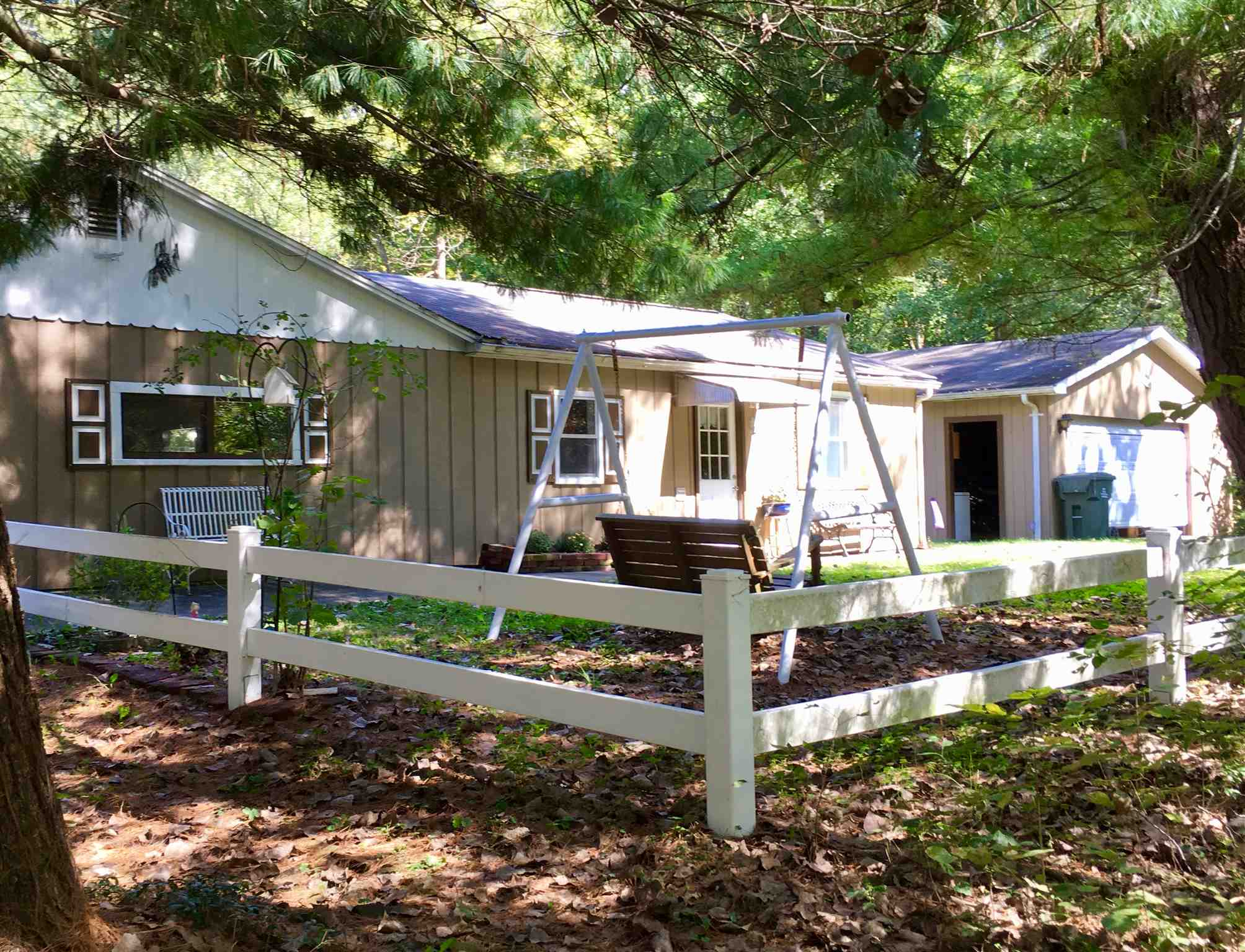 3822 Johnson Road, Boonville, IN 47601