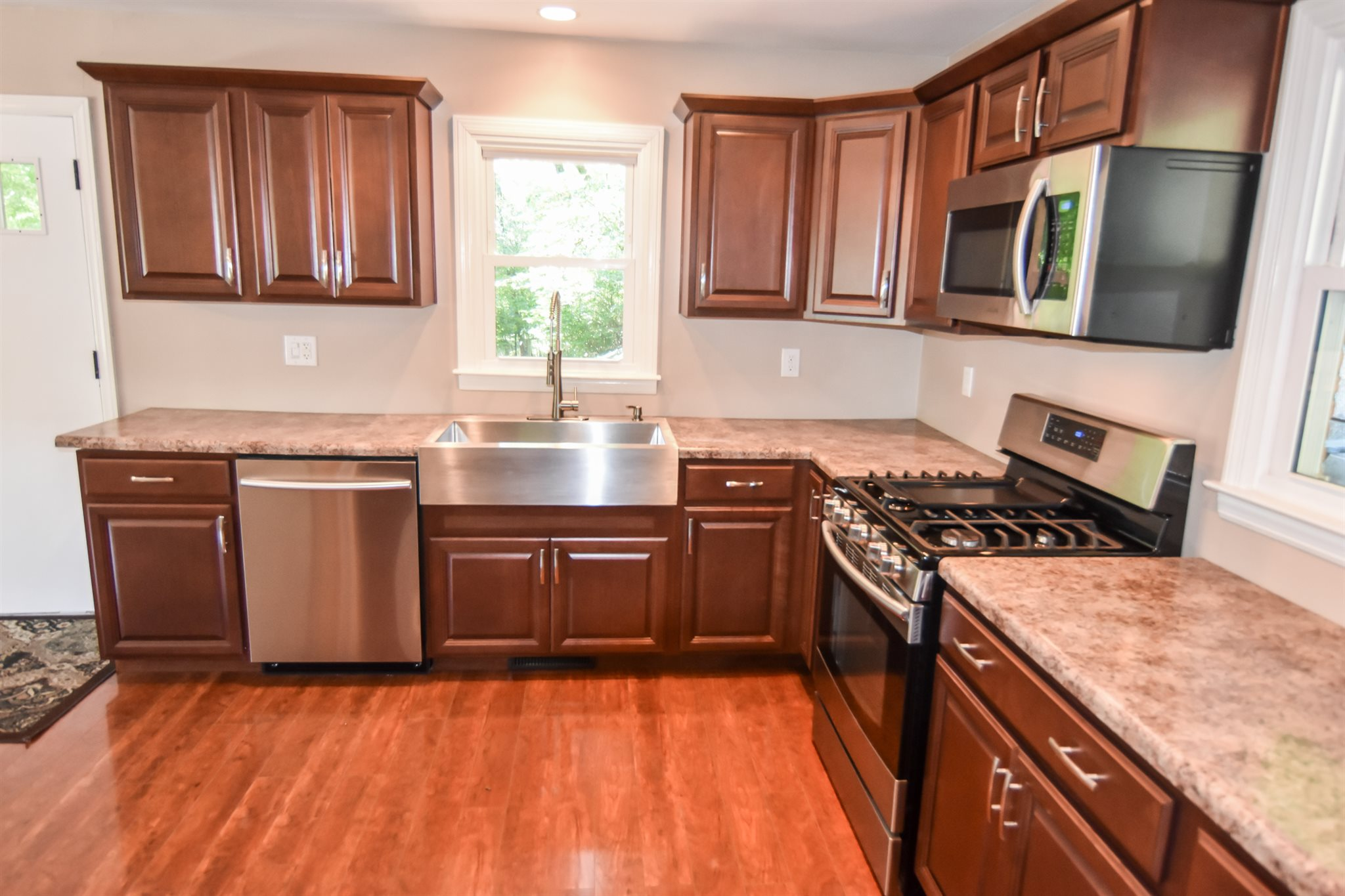 1720 E Boonville New Harmony Road, Evansville, IN 47725