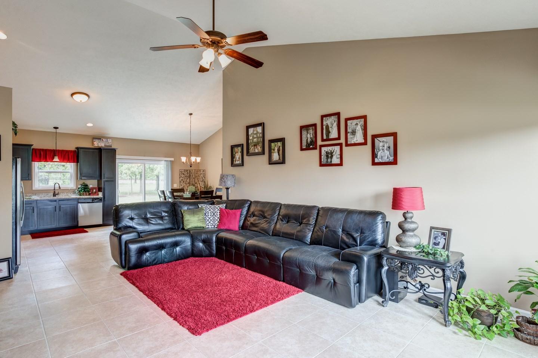 11342 Saker Drive, Evansville, IN 47725