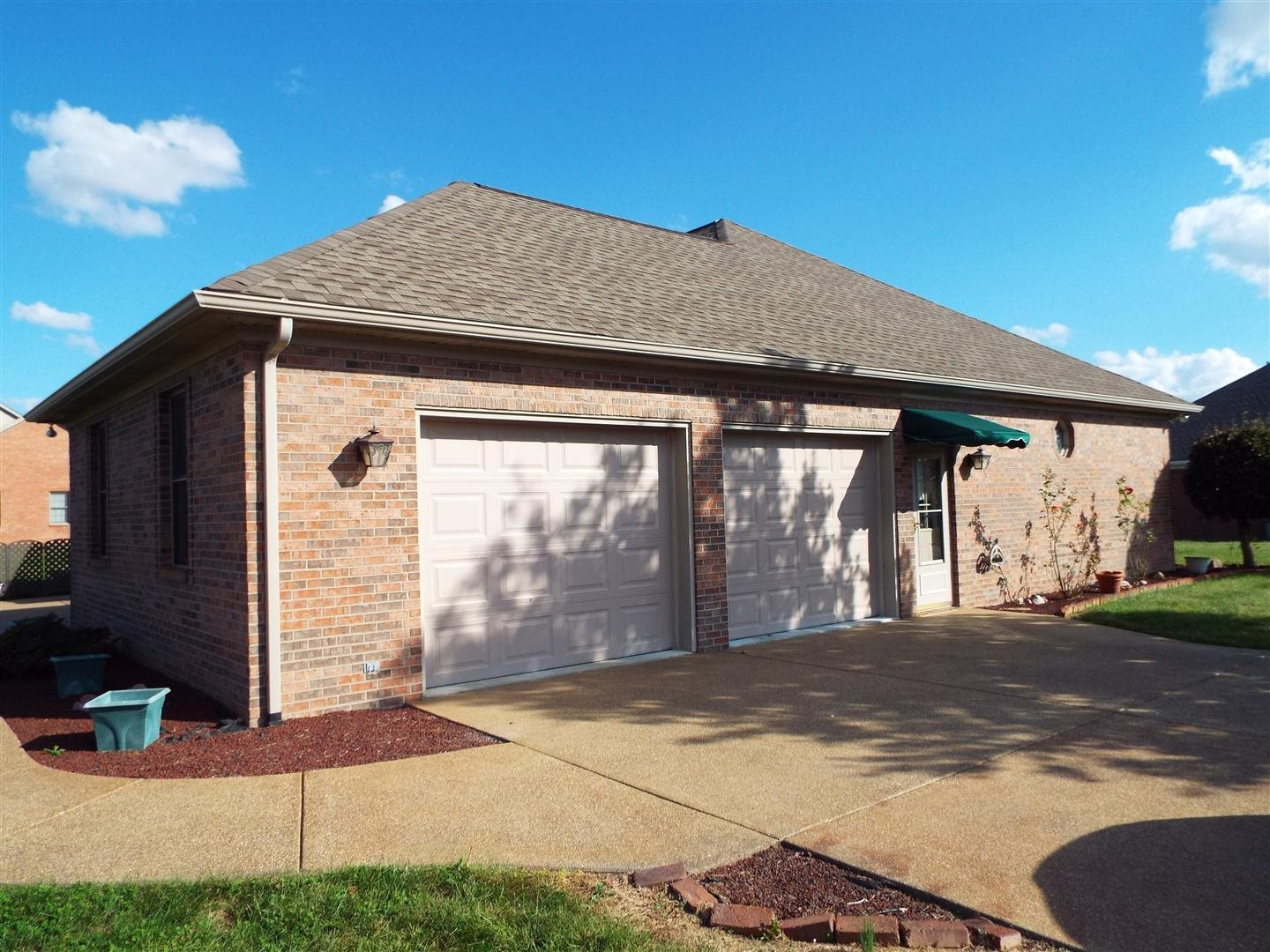 1457 Rabbit Run, Haubstadt, IN 47639