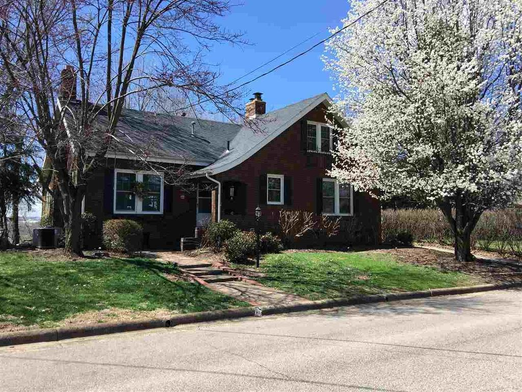 15 11th Street, Tell City, IN 47586