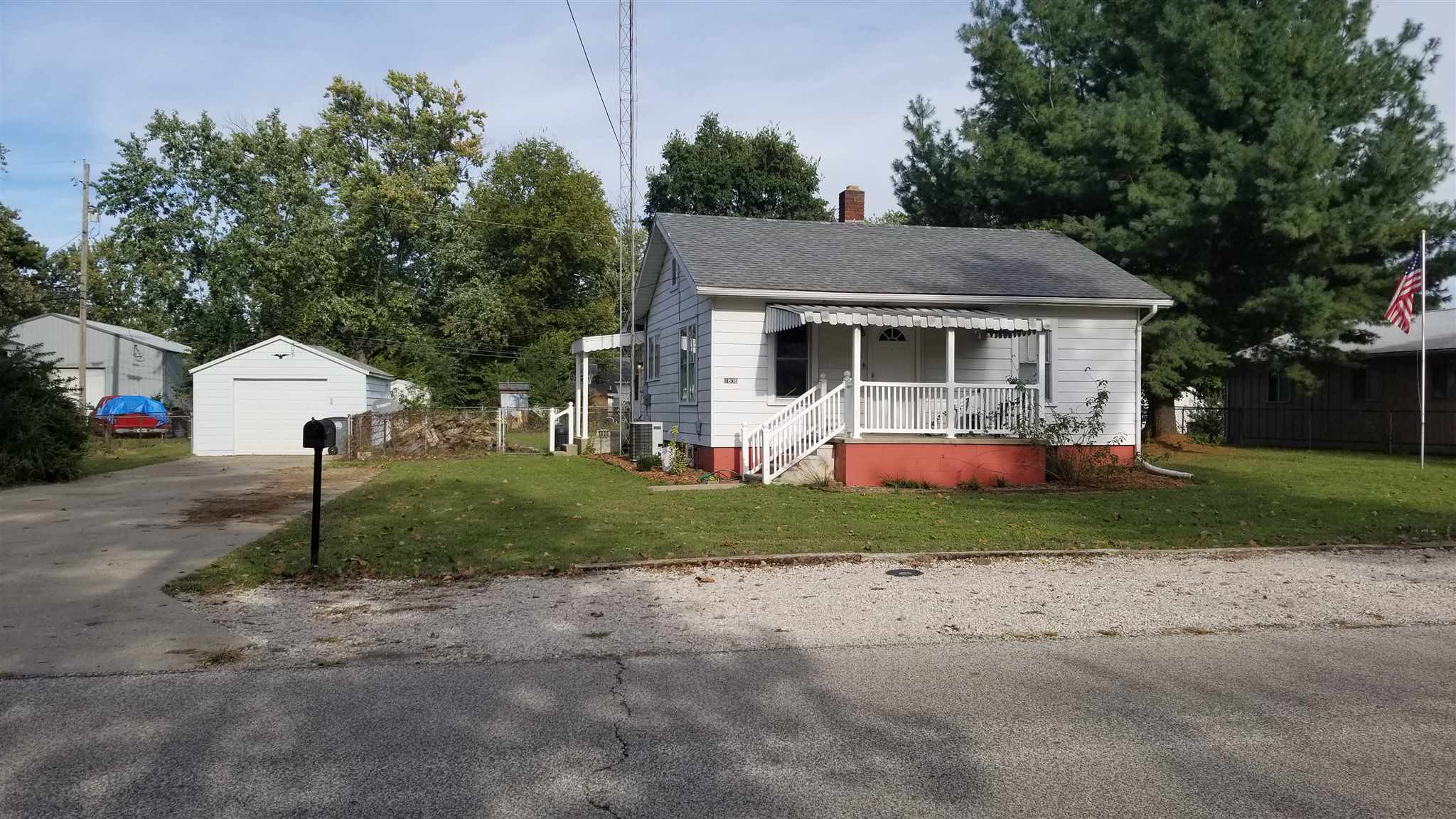 1806 College Avenue, Vincennes, IN 47591
