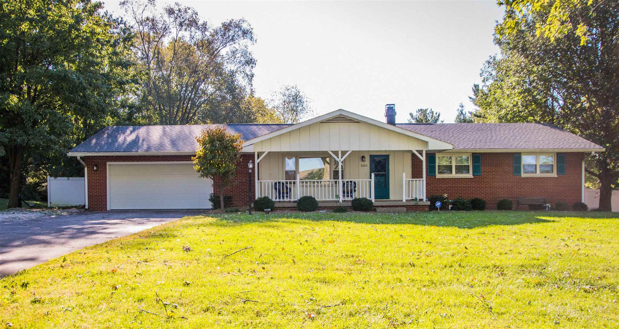 1102 N Summit Drive, Vincennes, IN 47591