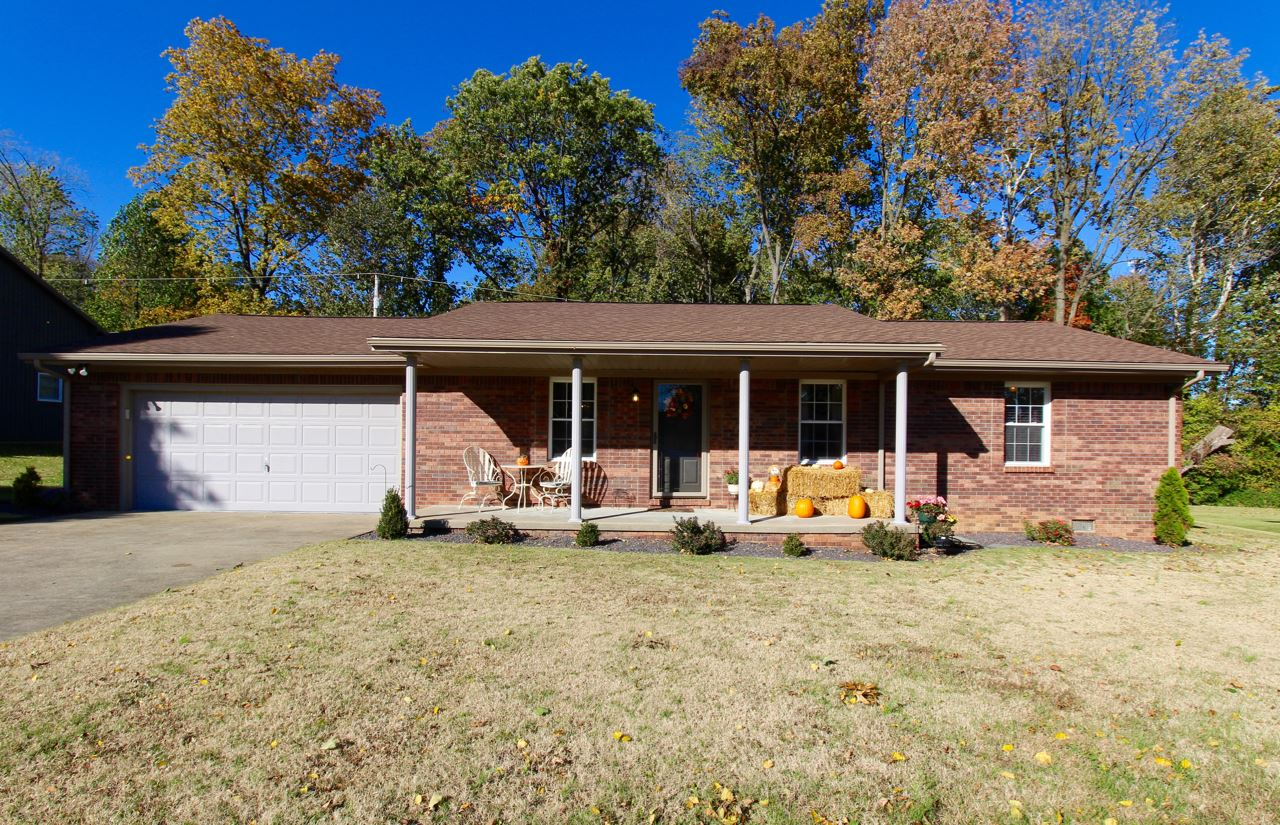 312 E 780 S, Fort Branch, IN 47648