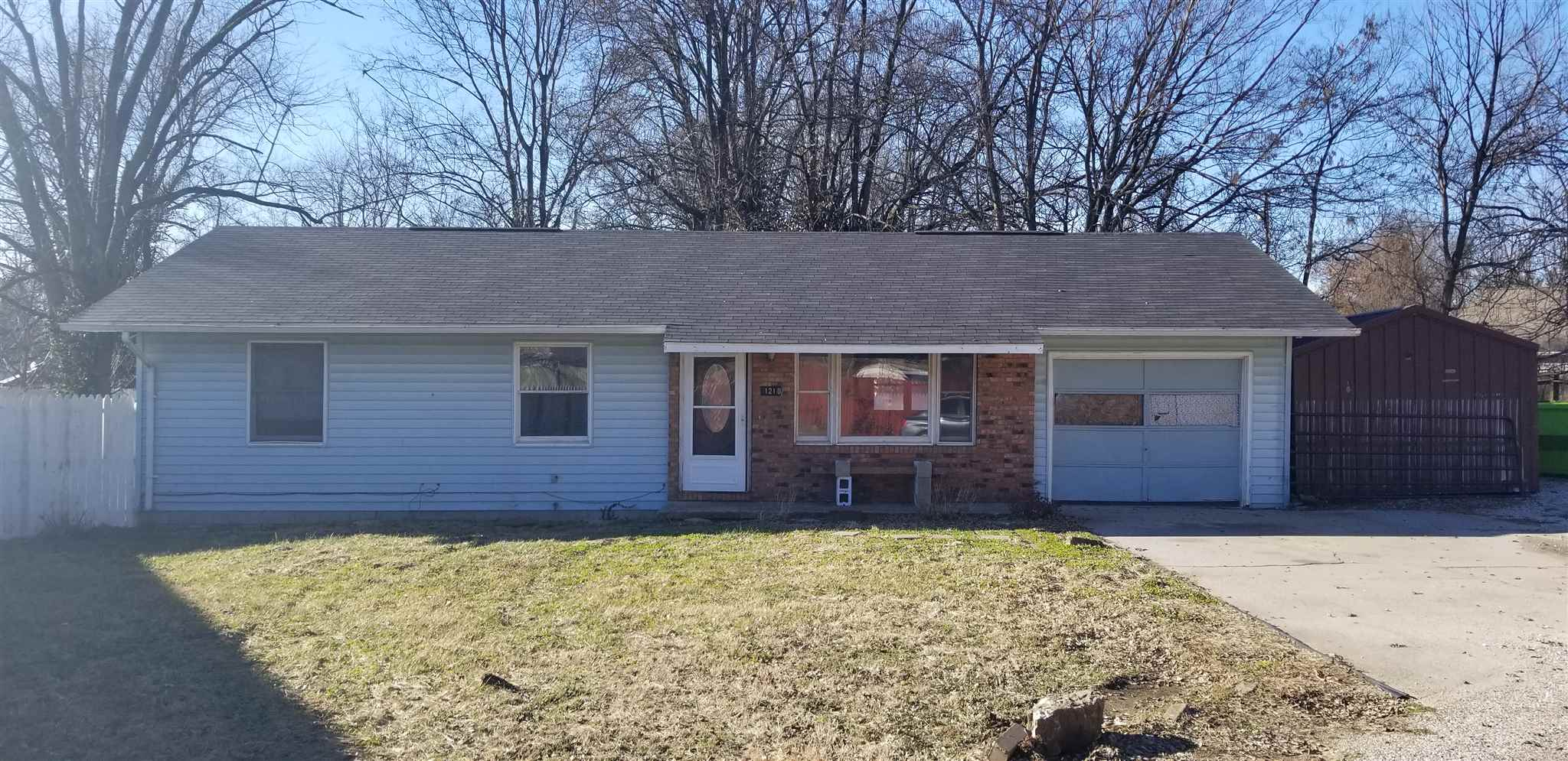 1210 Dailey Street, Vincennes, IN 47591