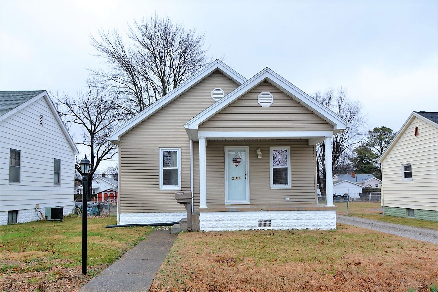 2104 E Franklin Street, Evansville, IN 47714