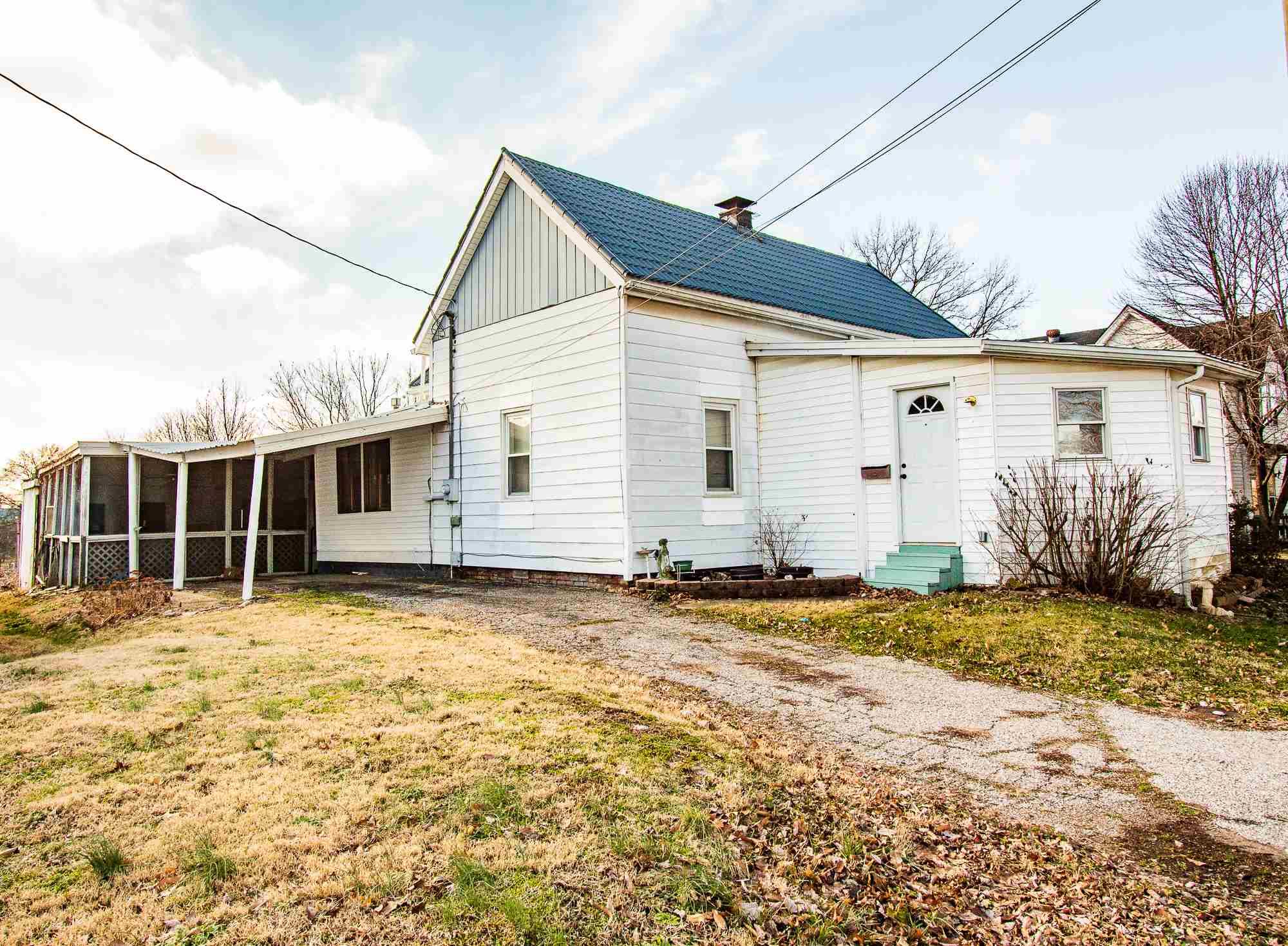 419 E Poplar Street, Boonville, IN 47601