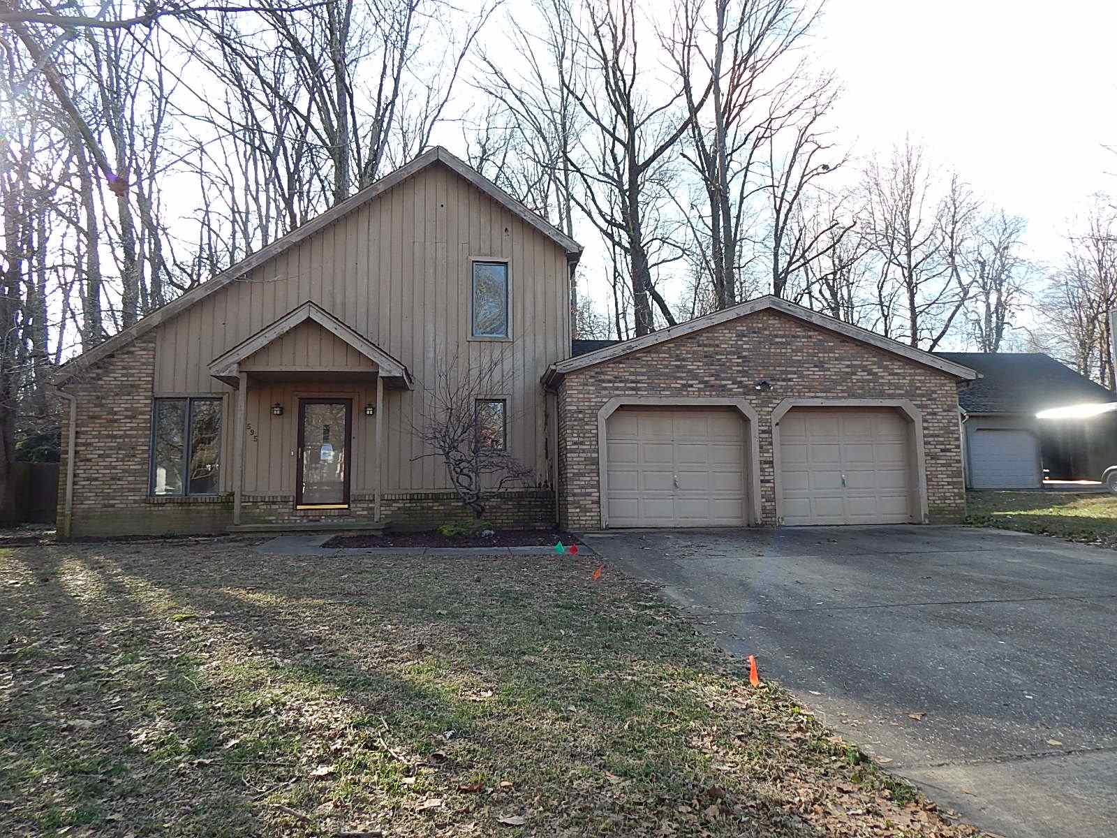 595 Forest Park Drive, Newburgh, IN 47630