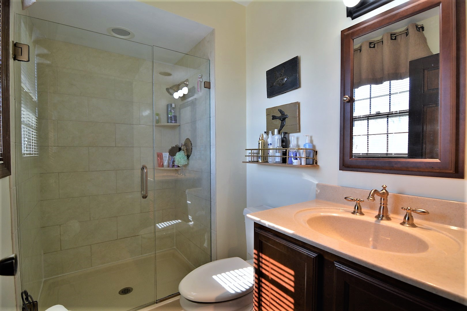 2008 Tanglewood Drive, Mount Vernon, IN 47620