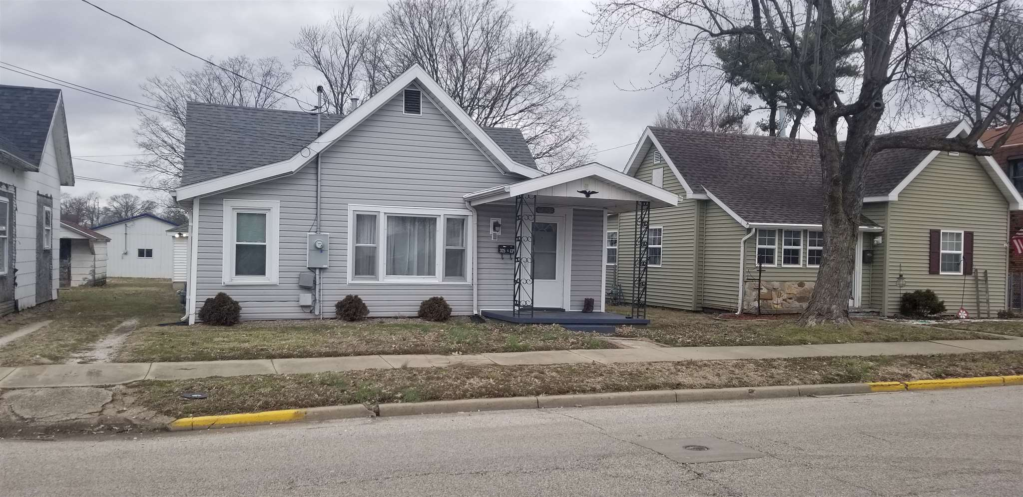 325 S 13th Street, Vincennes, IN 47591