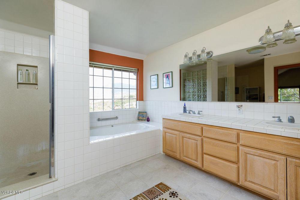 425 Monte Vista Drive, Santa Paula, CA 93060