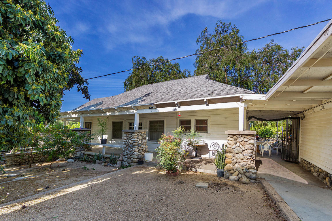 1073 E Telegraph Road, Fillmore, CA 93015