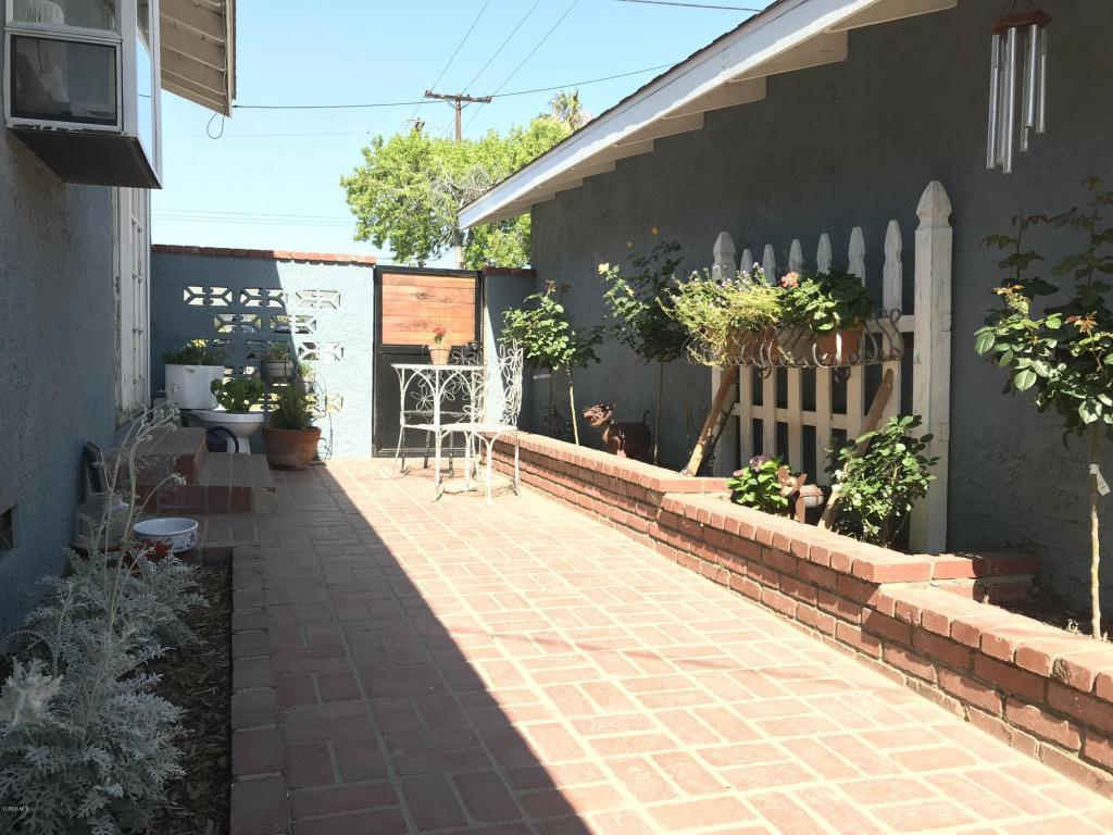 120 Eliot Street, Santa Paula, CA 93060