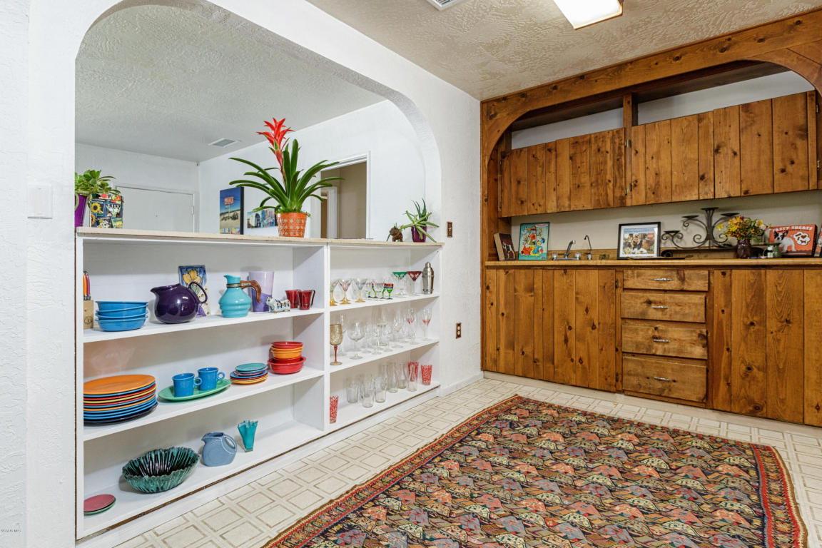 1006 Grandview Avenue, Ojai, CA 93023