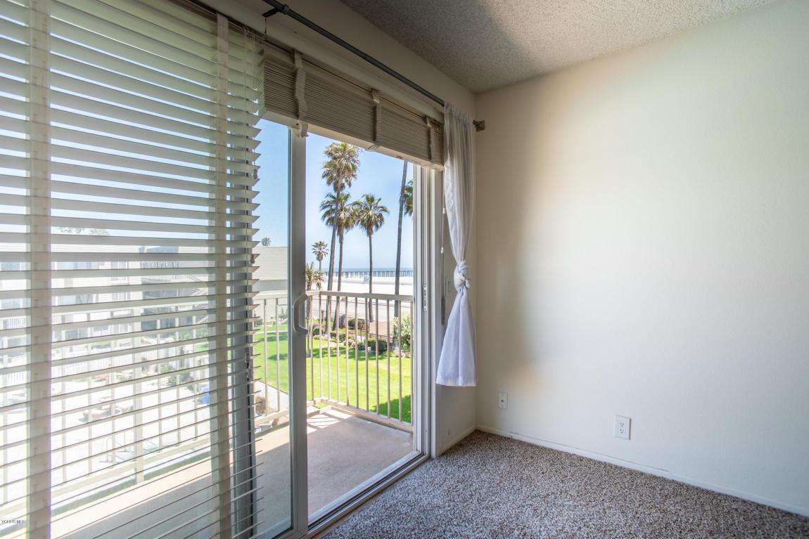 289 E Surfside Drive, Port Hueneme, CA 93041
