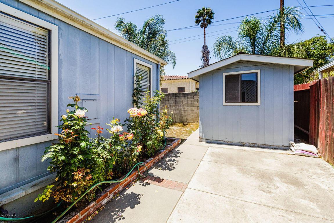 975 W Telegraph Road, Santa Paula, CA 93060