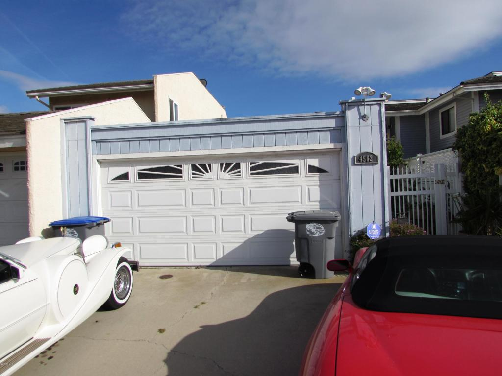 4562 Eastbourne Bay, Oxnard, CA 93035