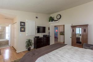 221 Appletree Avenue, Camarillo, CA 93012