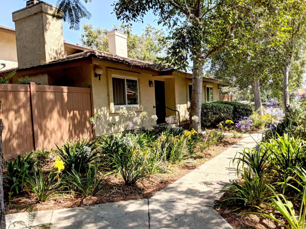 587 Moses Lane, Ventura, CA 93003