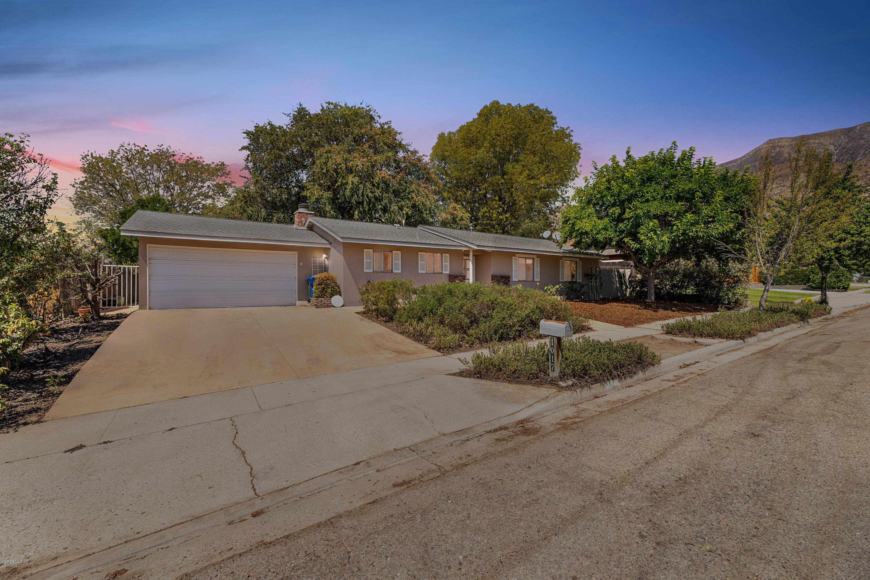 1017 Ayers Avenue, Ojai, CA 93023