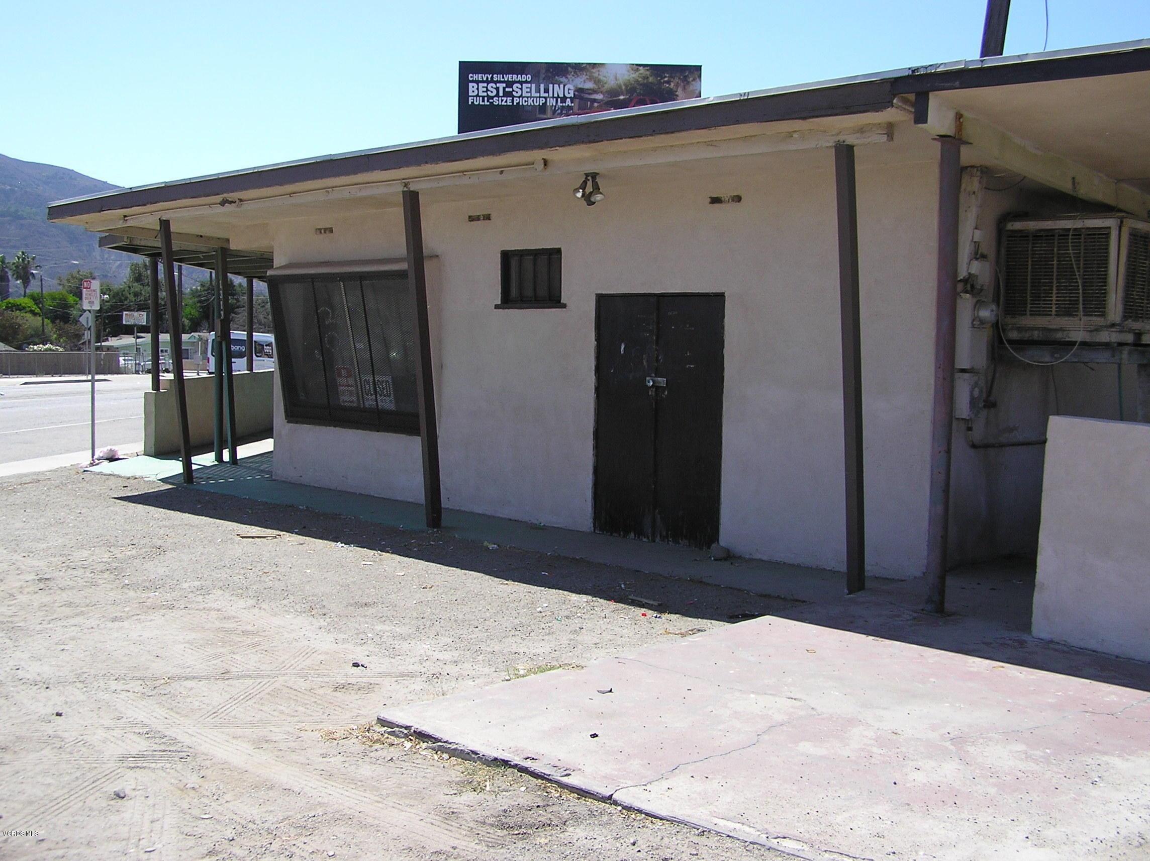 1313 E Harvard Boulevard, Santa Paula, CA 93060
