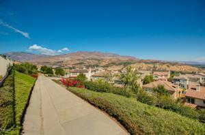 945 Coronado Circle, Santa Paula, CA 93060