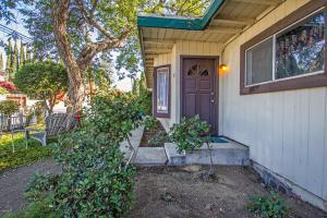 208 Houston Drive, Thousand Oaks, CA 91360