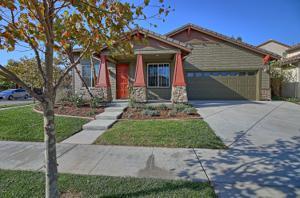10469 New Haven Street, Ventura, CA 93004