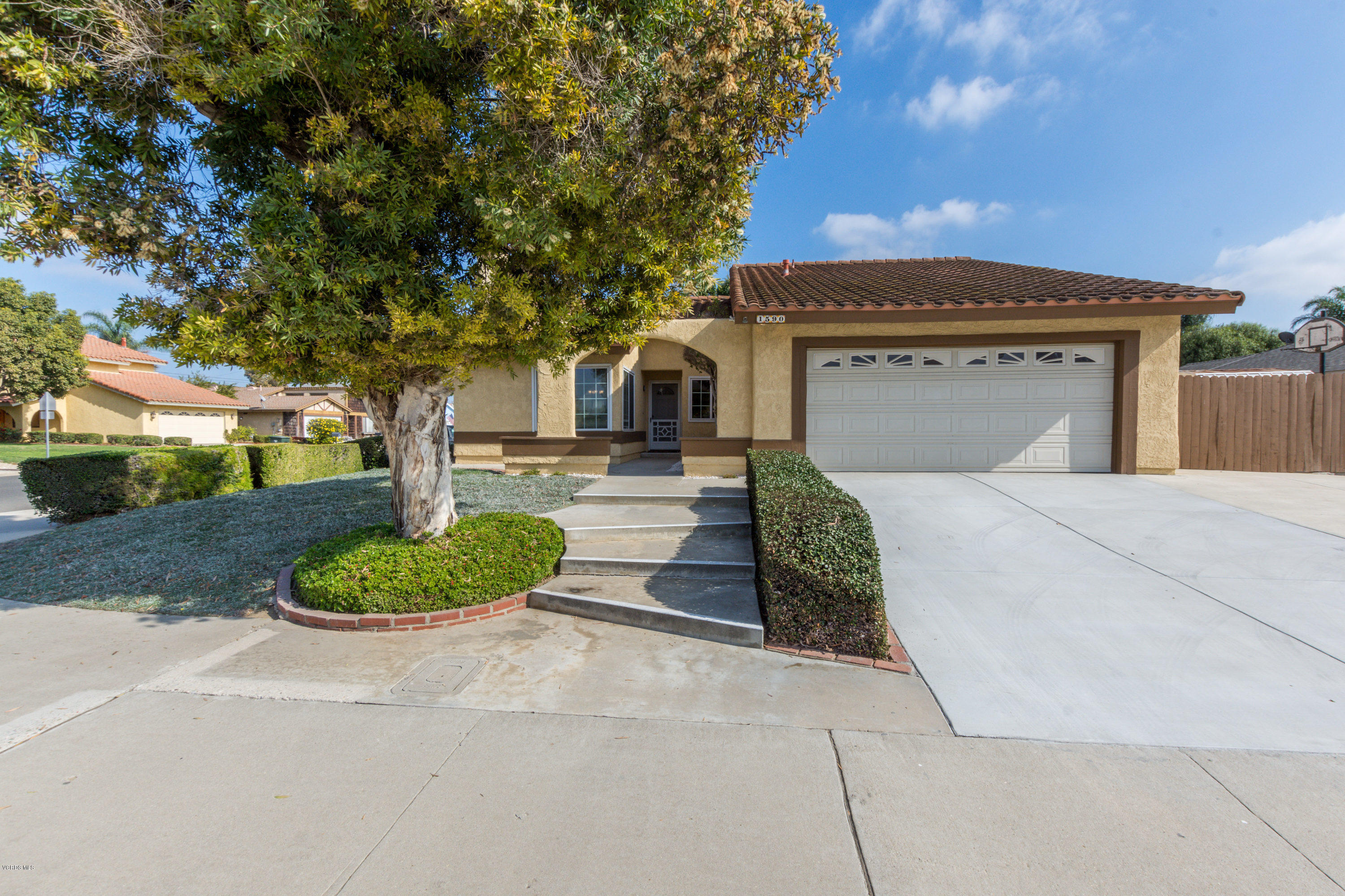 1590 Brookhaven Avenue, Camarillo, CA 93010