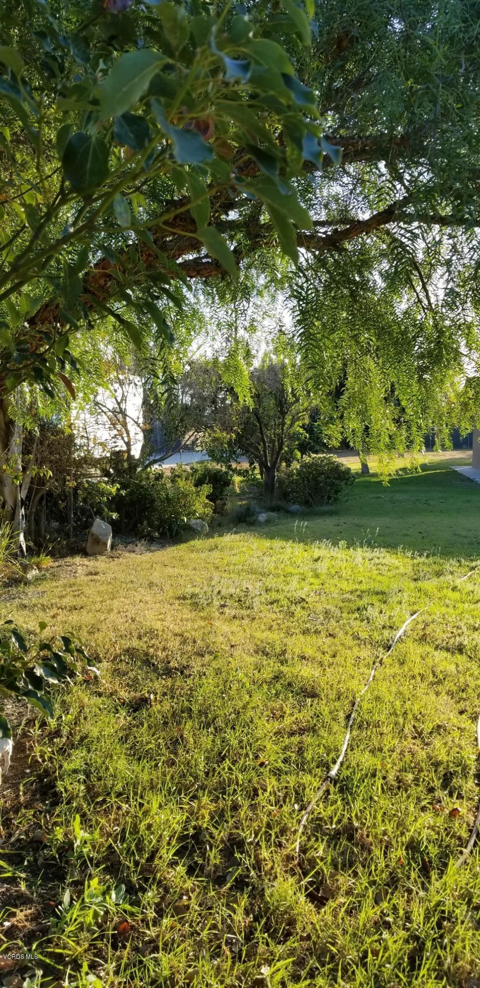977 E Collins Street, Oxnard, CA 93036
