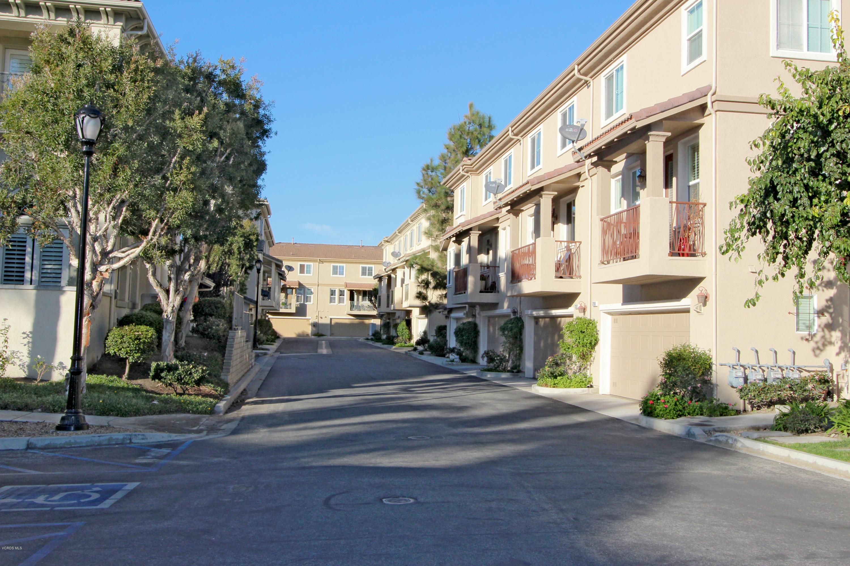 1305 Bayside Circle, Oxnard, CA 93035