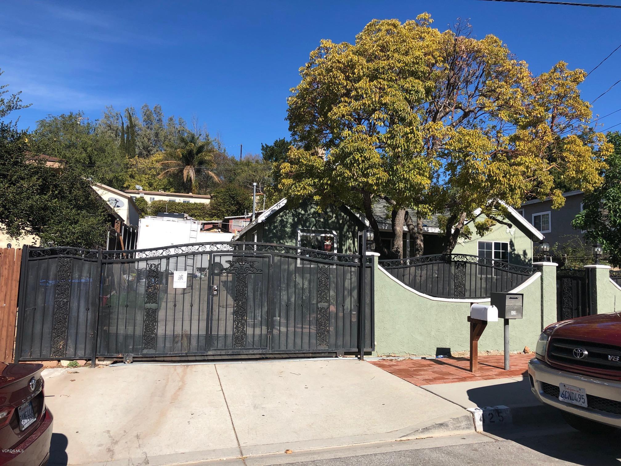 425 Charles Street, Moorpark, CA 93021