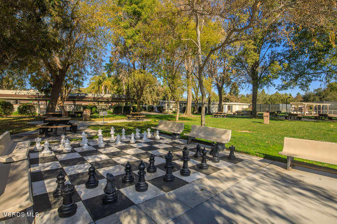 44156 Village 44, Camarillo, CA 93012