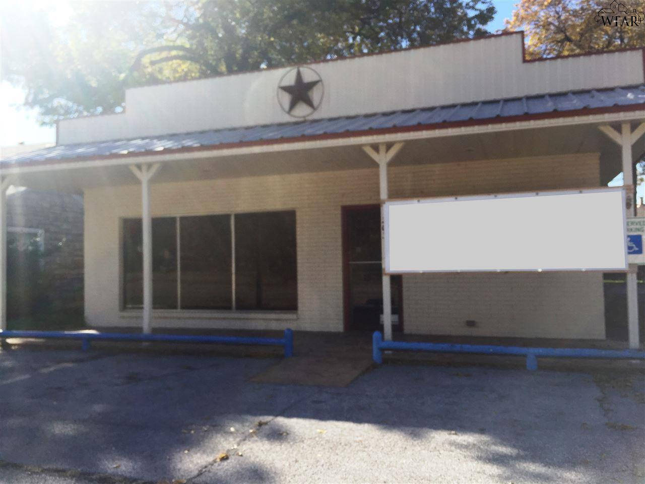 203 N Avenue D, Burkburnett, TX 76354