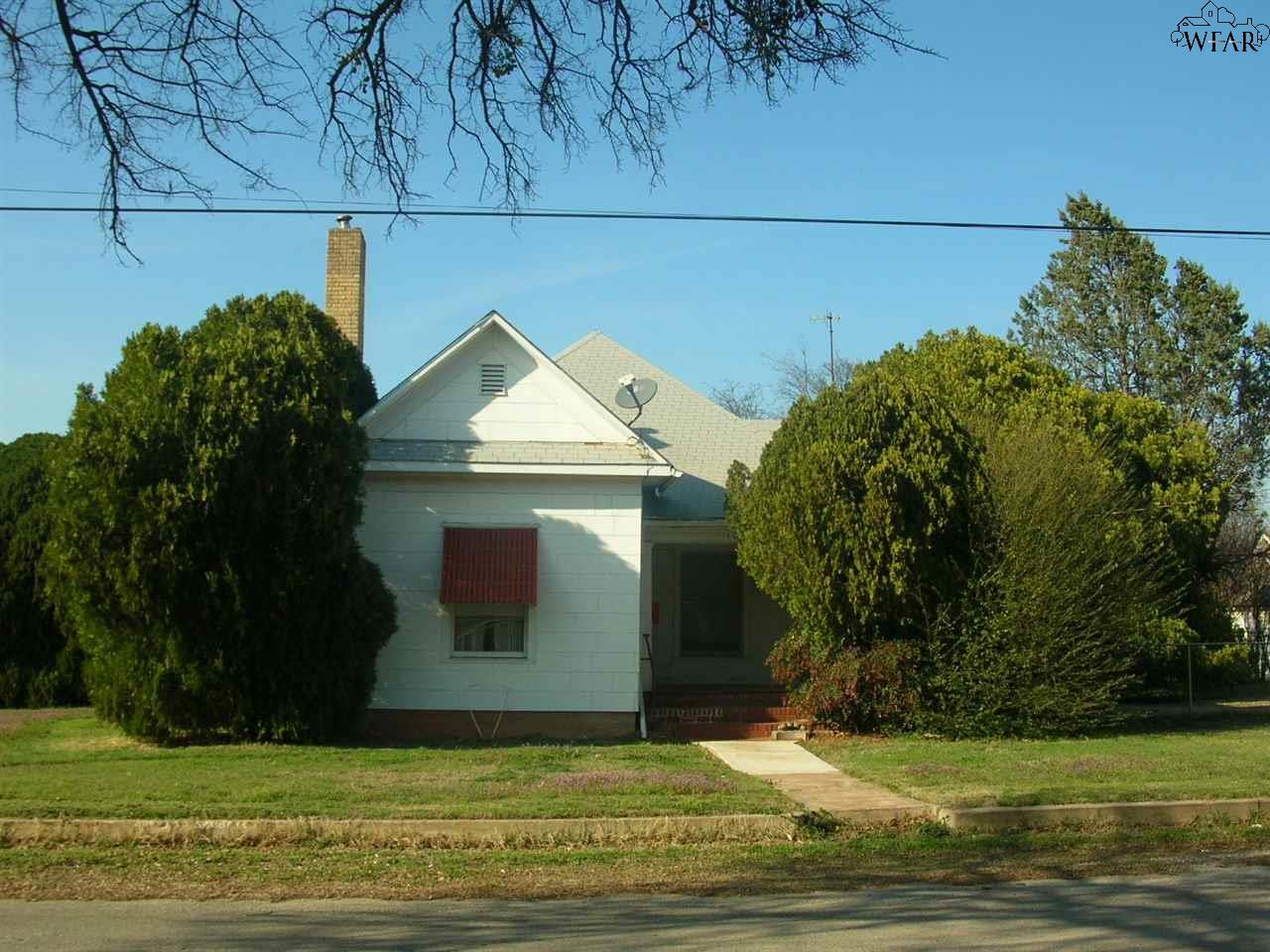116 W North Street, Henrietta, TX 76365