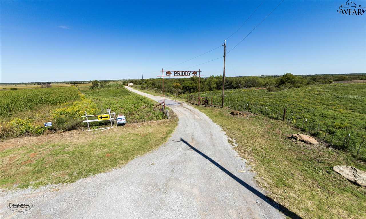 3320 Bohner Road, Burkburnett, TX 76354
