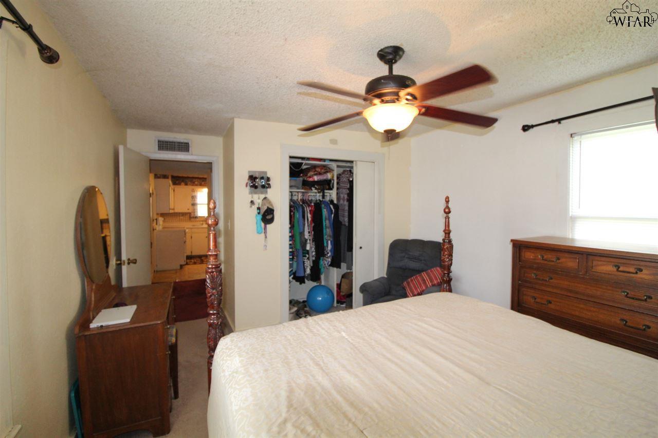 517 W 3rd Street, Burkburnett, TX 76354