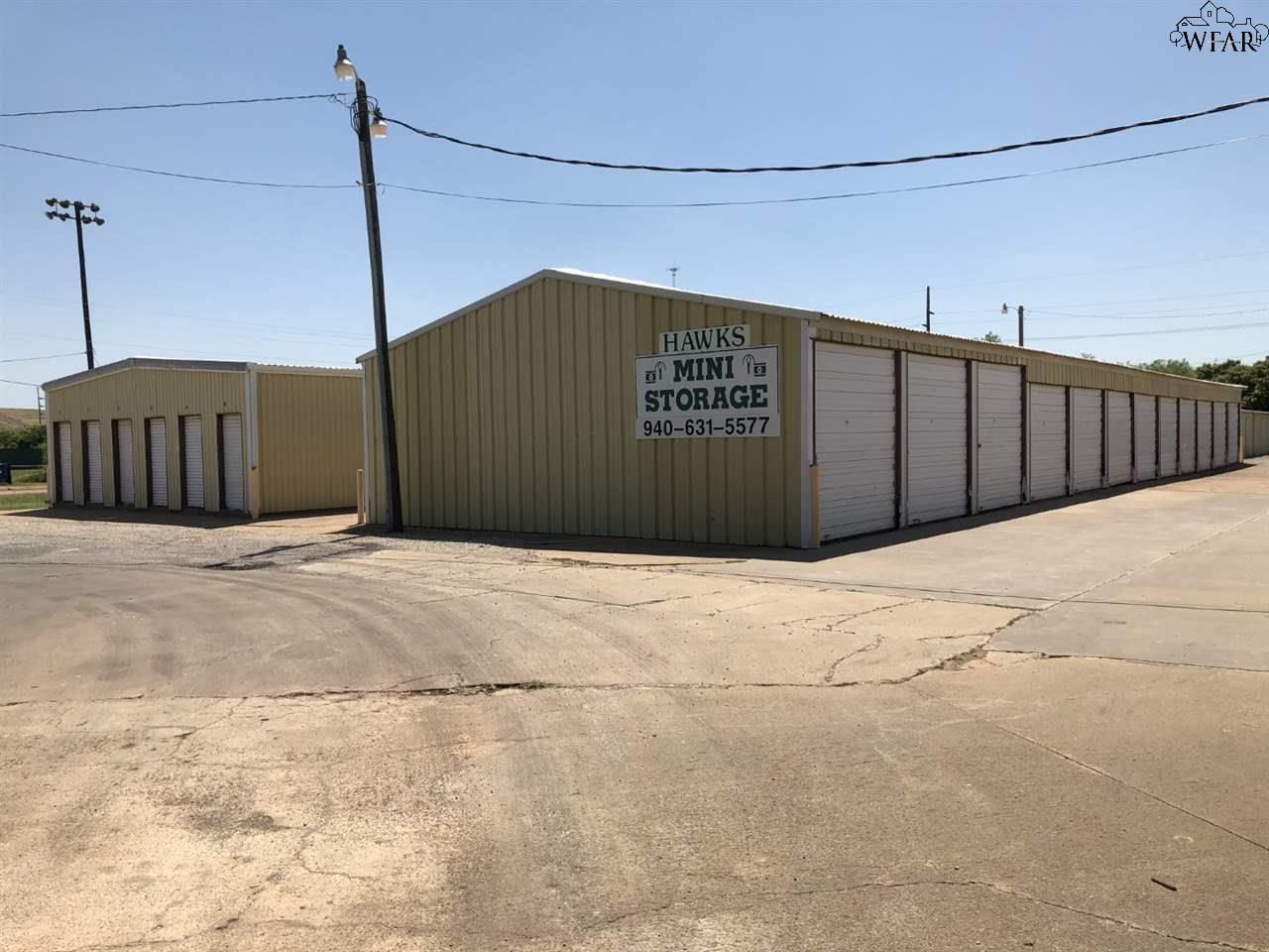 805 West Highway, Iowa Park, TX 76367