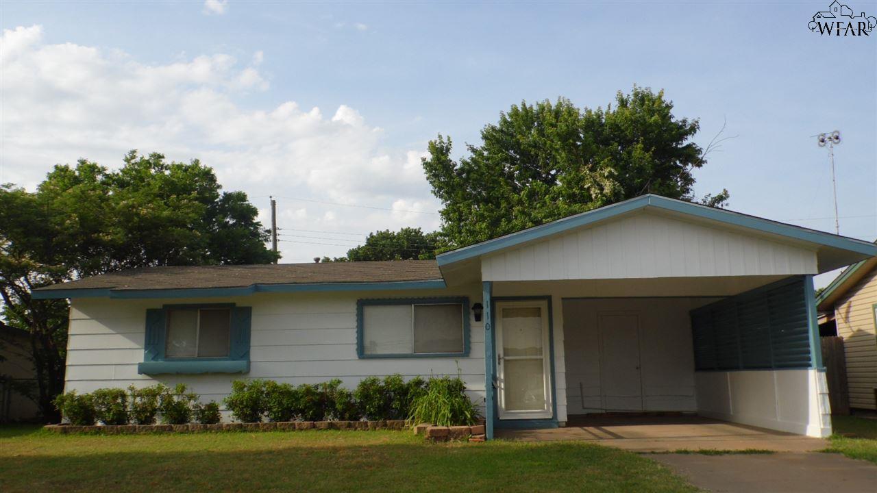 110 E Garden Drive, Iowa Park, TX 76367