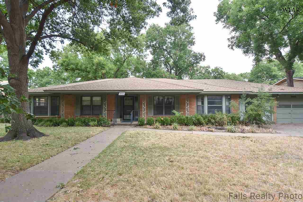 2406 Clayton Lane, Wichita Falls, TX 76308