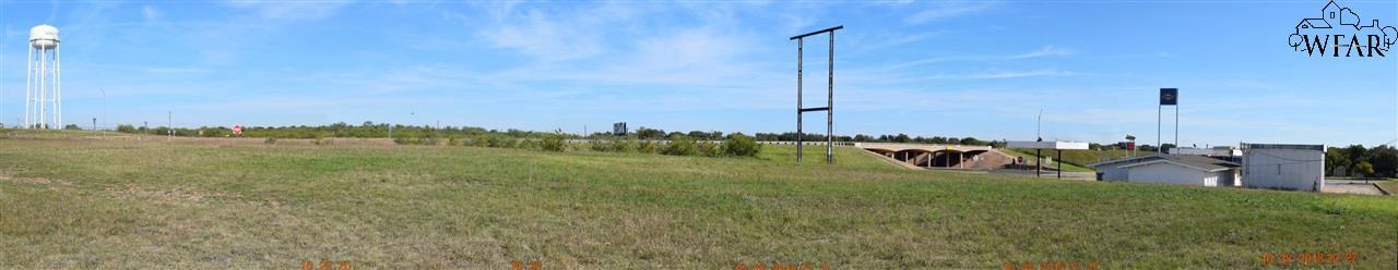 1513 West Highway, Iowa Park, TX 76367